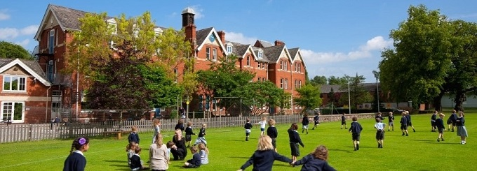my time at boarding school Boarding school students spend two to three more hours on activities like sports, music, and reading than their day school counterparts 3 some schools have saturday classes.